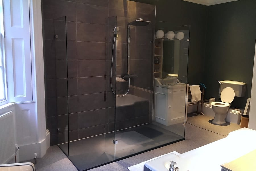 Frameless Shower Doors, Screens & Enclosures | Room H2o