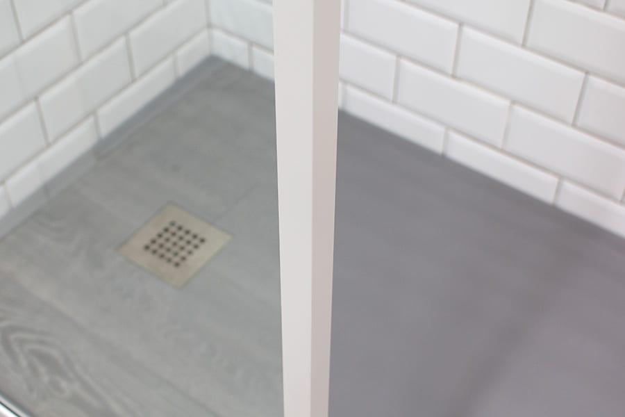 Room H2o Inspirit Vita 15mm white shower frame