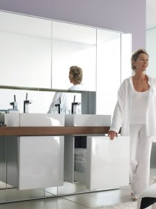 10_140duravit-mirrorwall-vanity-unit-with-twin-contemporary-sinks