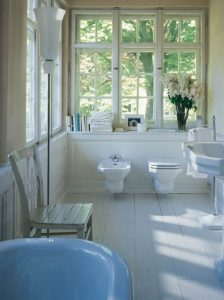 10_744duravit-luxury-traditional-bathroom-suite-with-free-standing-bath