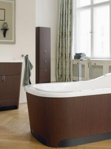 10_985duravit-esplanade-dark-wood-bathroom-suite-with-contemporary-free-standing-bath