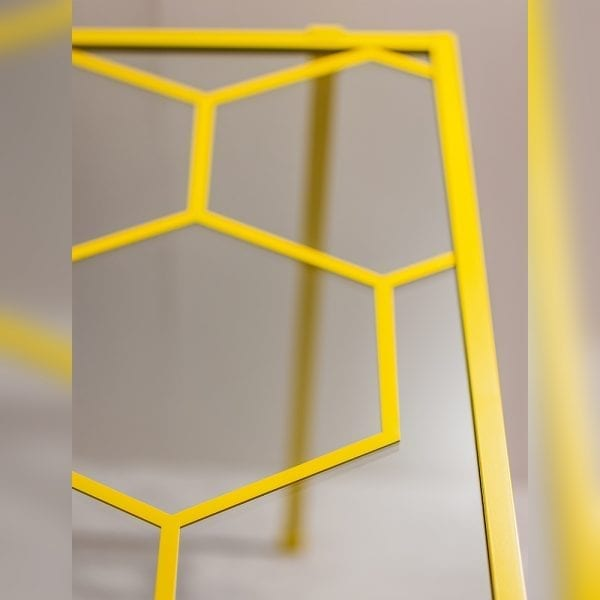 Yellow Drench Hexagon shower screen with support bar