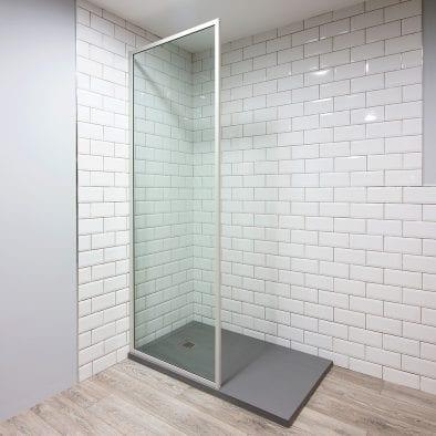Inspirit off white shower screen