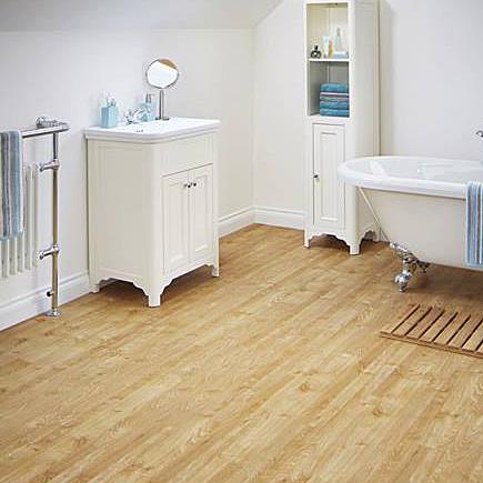 Karndean Knight Tile pale American Oak wood effect vinyl plank flooring in a period bathroom