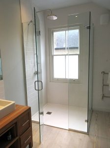 large-2-inline-and-side-frameless-shower-11