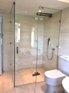 wallis-banstead-frameless-shower-2016-1