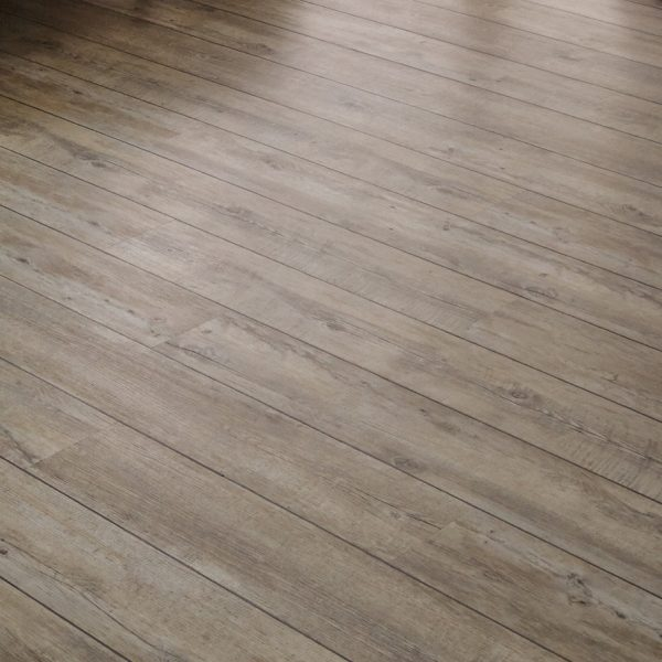 Karndean Van Gogh distressed oak vinyl plank flooring detail